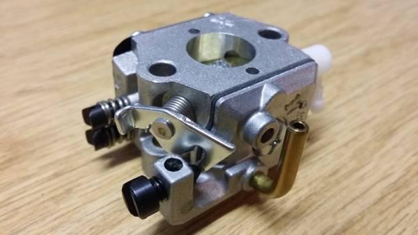 Vergaser und Zylinderabdeckung passend für Stihl 026 MS260 MS 260