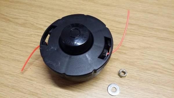 2-Fadenkopf »Tap&Go« mit Adapterbolzen Gew.= 8 x 1.25 Li für Pioneer Trimmer/ Freischneider/ Motorsense F 16, S 16, S 24, SF 24, ...