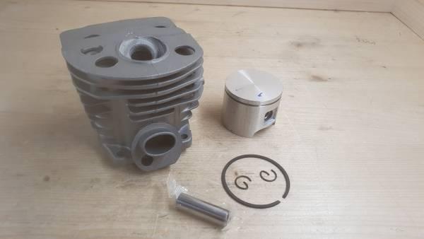 Zylinder mit Kolben mit Deko Öffnung für Husqvarna Motorsäge 55, 55 EPA